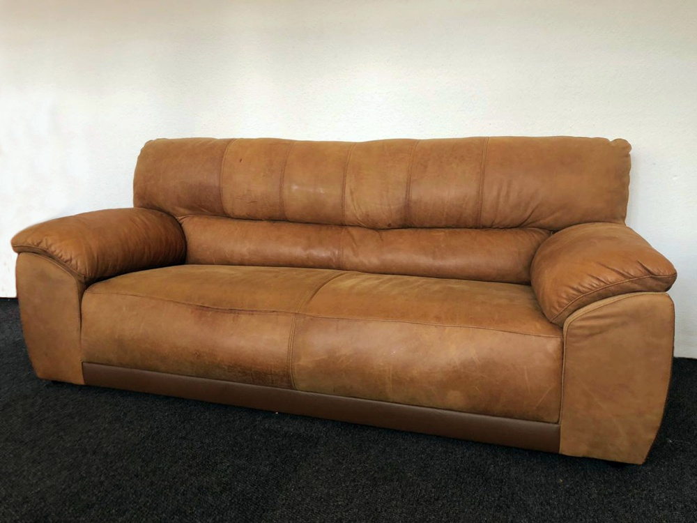 Vintage Leather Couch For Sale Bellville.jpg